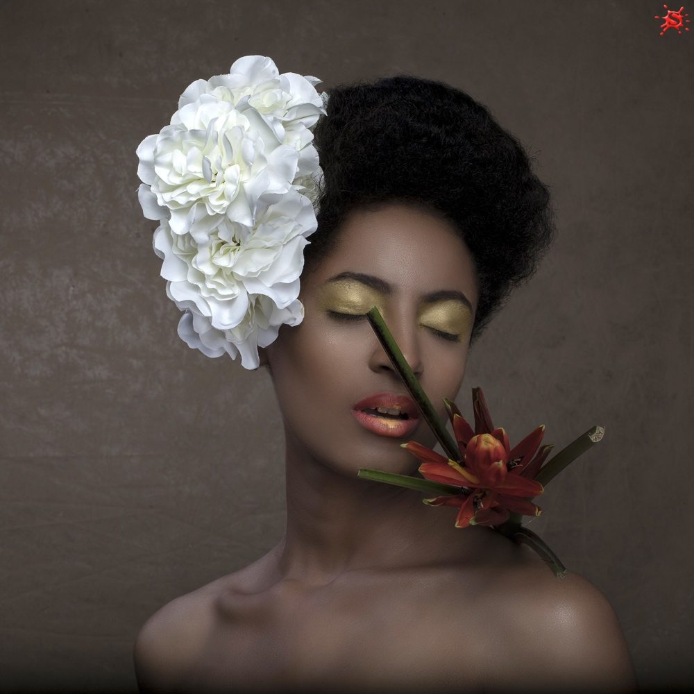 Emmanuel Arewa Spotlight Photo & Imagery Vintage Floral Beauty As Art