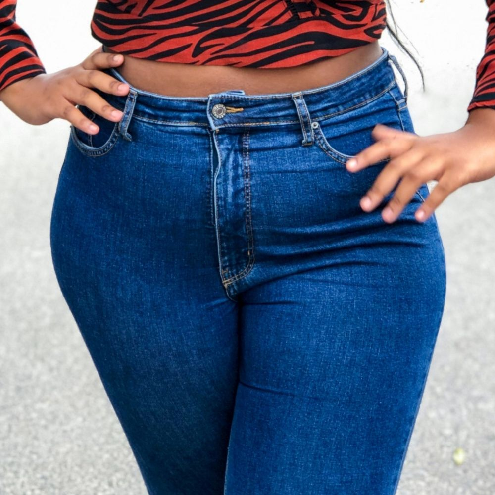 How to hide belly fat stylishly