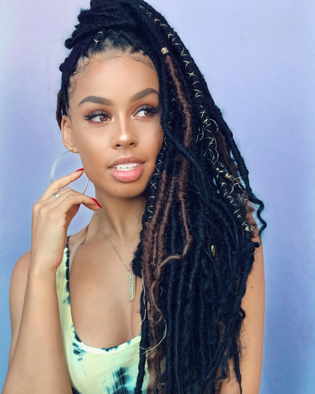 Check Out These Sassy Faux Locs Which Are Perfect For The Season