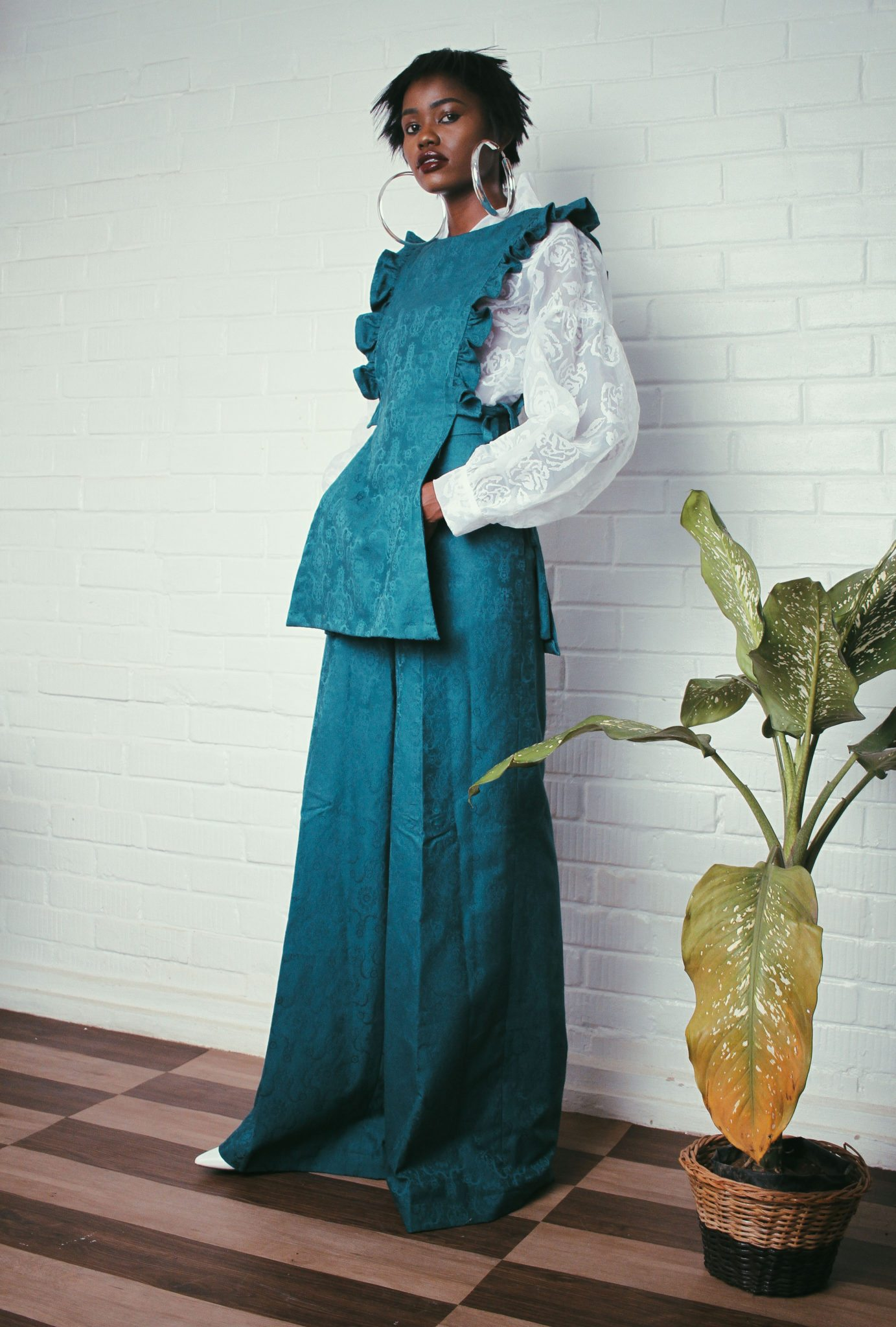 budding-womenswear-label-elpis-megalio-releases-ready-wear-fall-winter-18-collection-tagged-coincidentalia