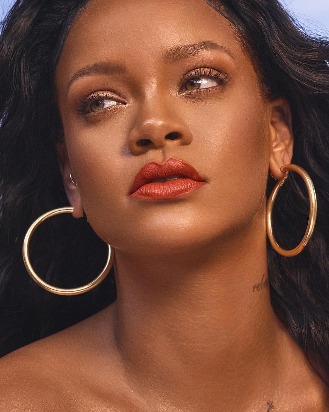 See RIHANNA Model The New Fenty Beauty Lip Line