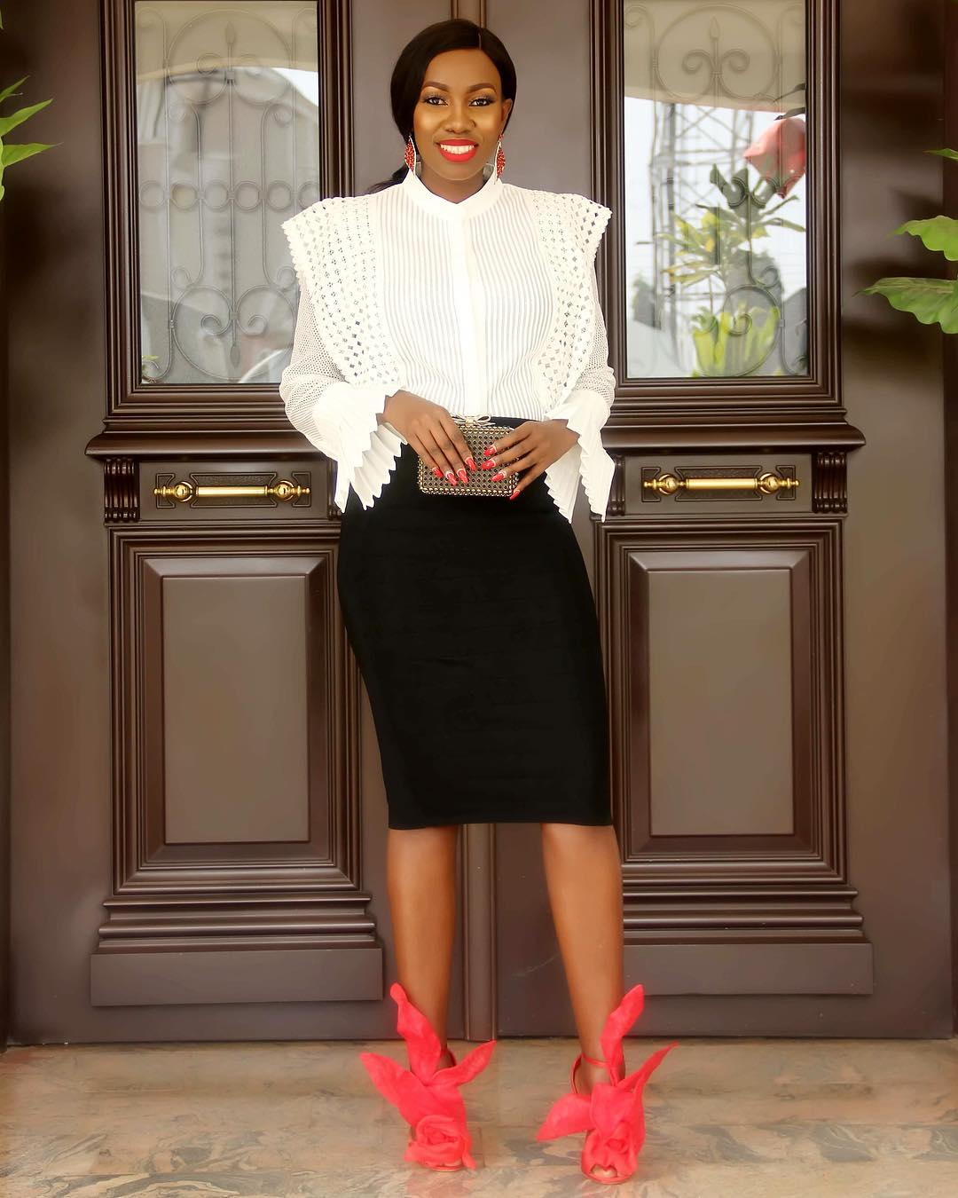 these-5-super-stylish-semi-formal-looks-will-help-you-steal-the-show-this-easter