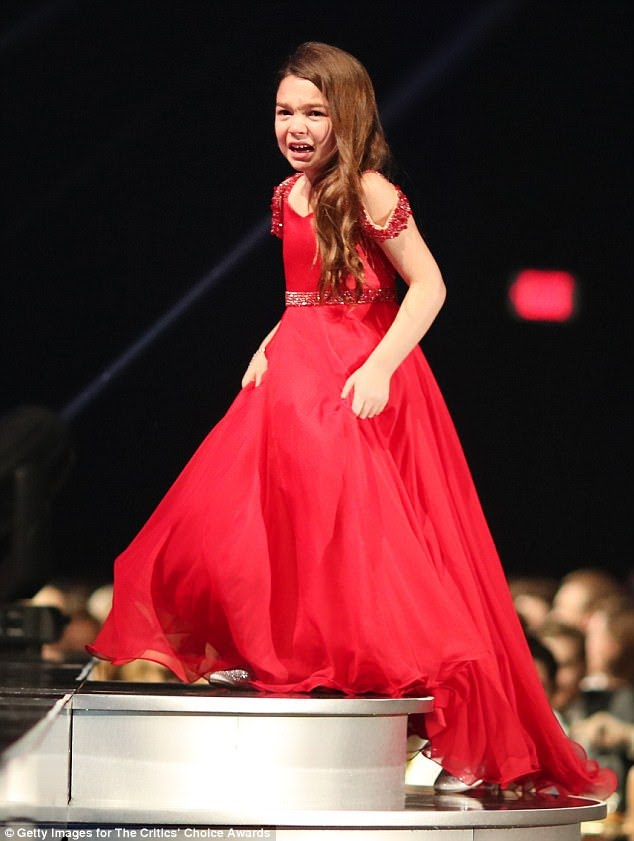 2018-critics-choice-awards-seven-year-old-brooklynn-prince-steals-show-wins-best-young-performer