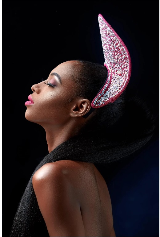 couture-accessories-brand-sissy-remi-unveils-latest-avant-garde-collection-tagged-prima-donna-lookbook