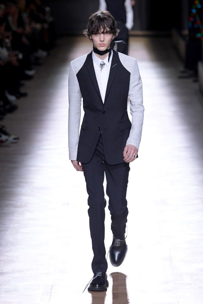 Paris Men's Fashion Week: DIOR Homme Takes It Back To The ...