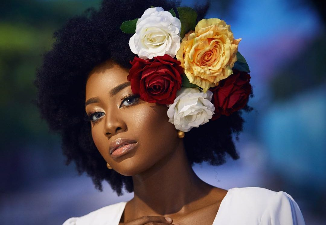 beautiful black girl flowers in hair