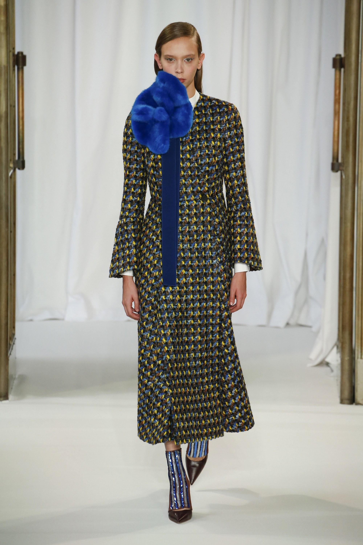 josep-font-fuses-architecture-fashion-delpozo-rtw-fall-2018-collection-london-fashion-week-2018
