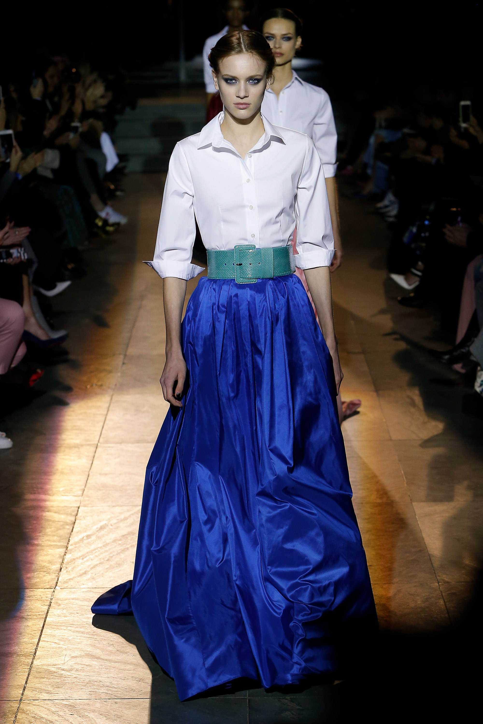 unimpeachable-grace-carolina-herrera-takes-final-bow-fall-2018-collection-new-york-fashion-week-2018