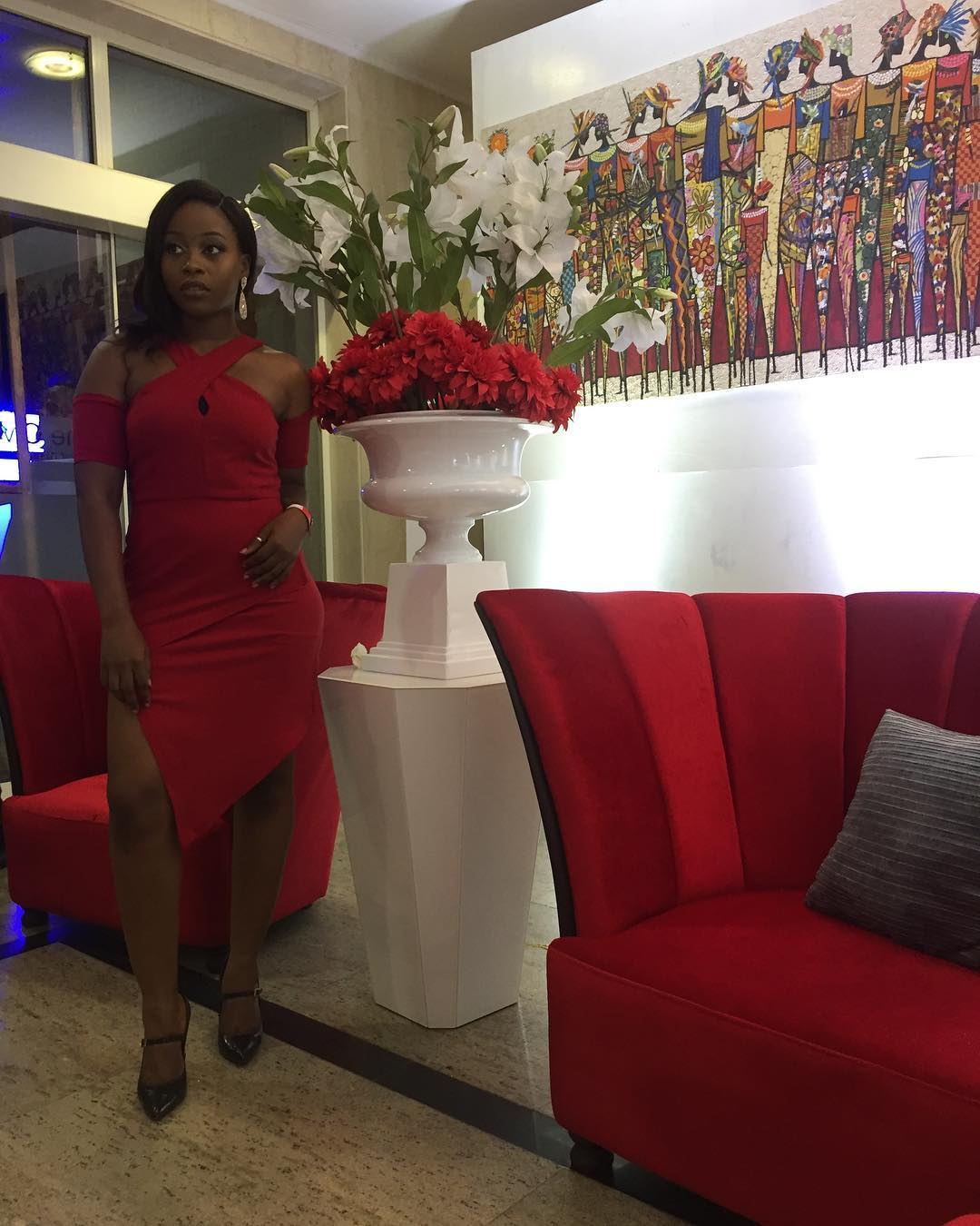 ini-dima-okojie-kate-henshaw-others-deliver-glam-red-carpet-royal-hibiscus-hotel-premiere