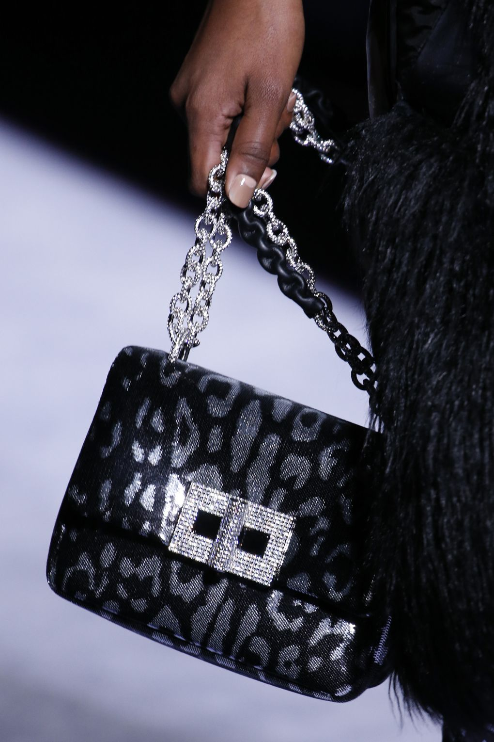 coolest-bag-trends-straight-runway-2018-new-york-fashion-week