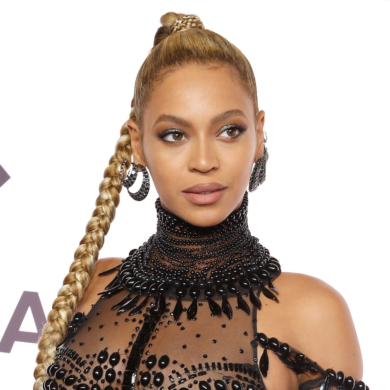 Braids, Weaves And PonyTails! 7 Times BEYONCÉ Simply ...