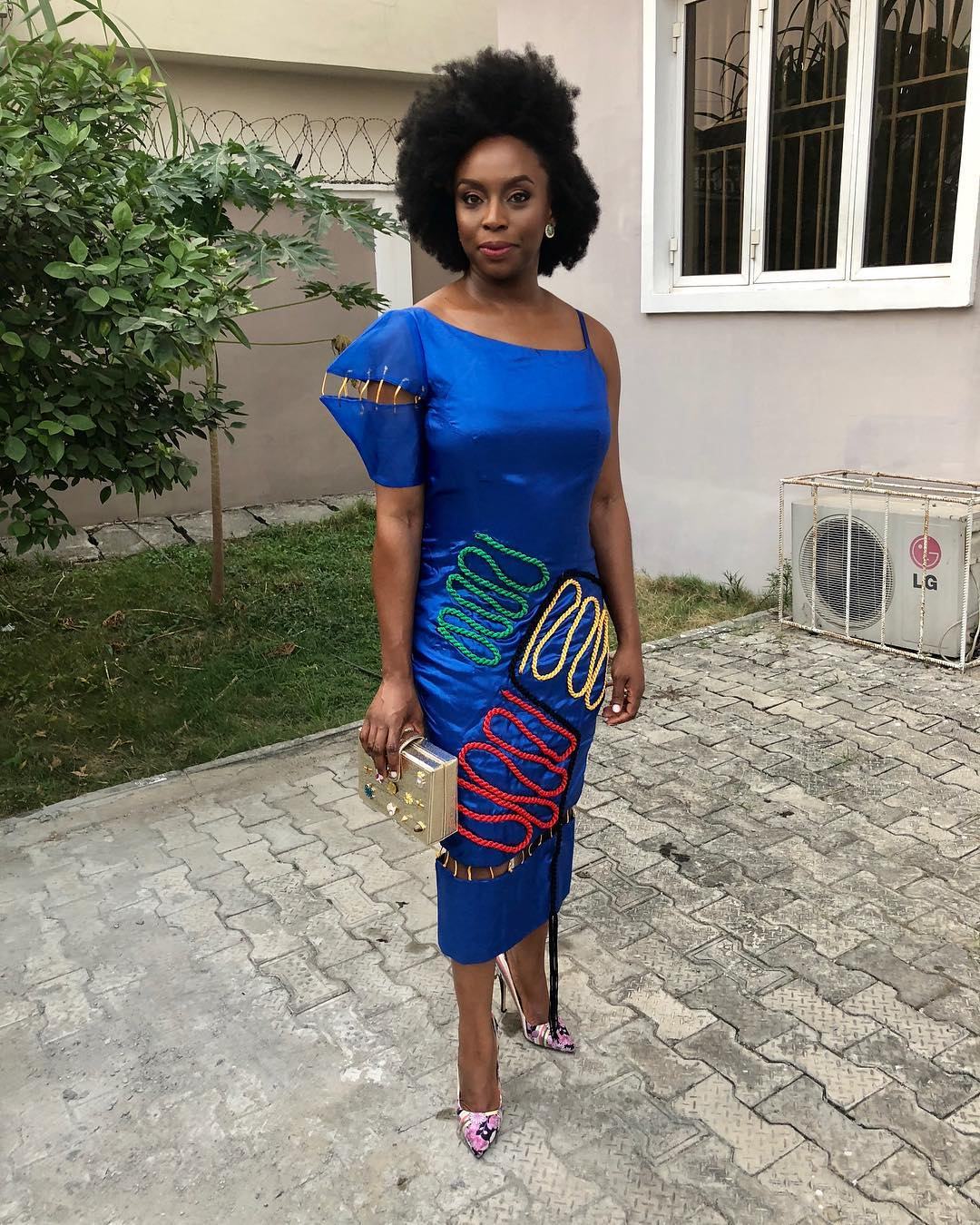 heres-fave-looks-chimamanda-adiches-wear-nigerian-project
