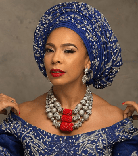 former-big-brother-naija-housemate-tboss-is-all-shades-of-beautiful-in-aso-oke