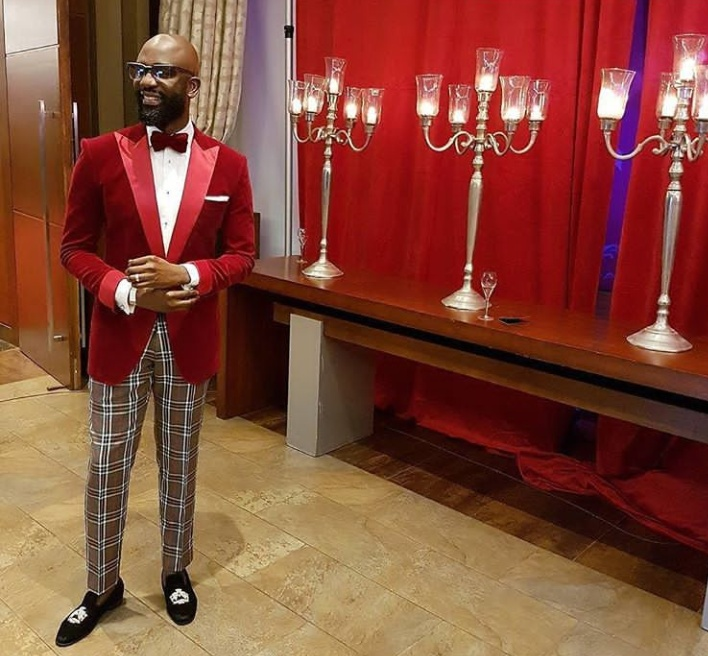 designer-spotlight-bespoke-designer-ohimai-atafos-personal-style-is-a-perfect-reflection-of-his-brand