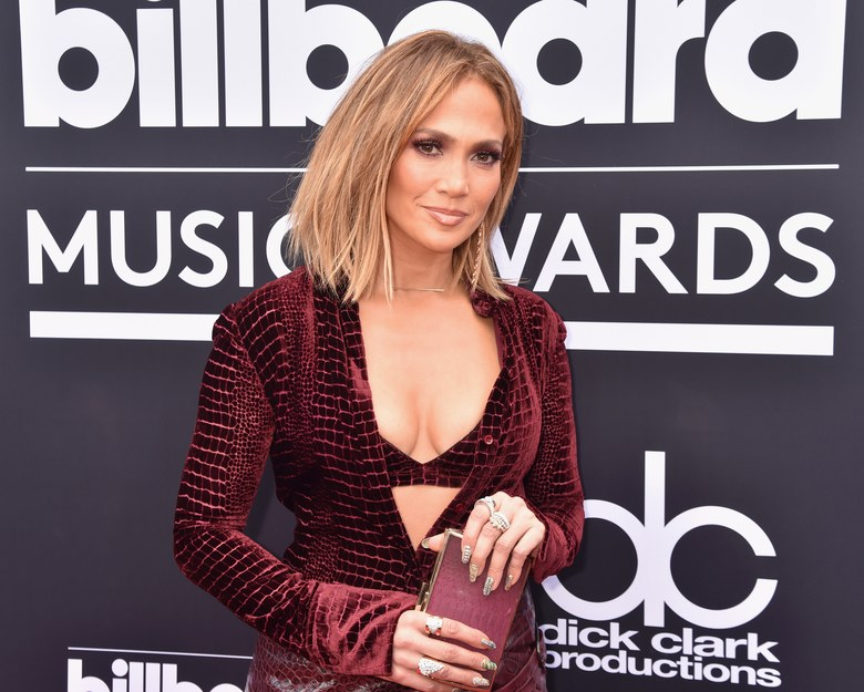 from-jennifer-lopez-to-justine-skye-see-our-fave-beauty-looks-at-the-2018-billboard-music-awards