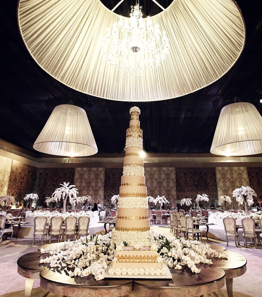the-lebanese-wedding-scene-might-be-even-more-spectacular-than-nigerias-photos