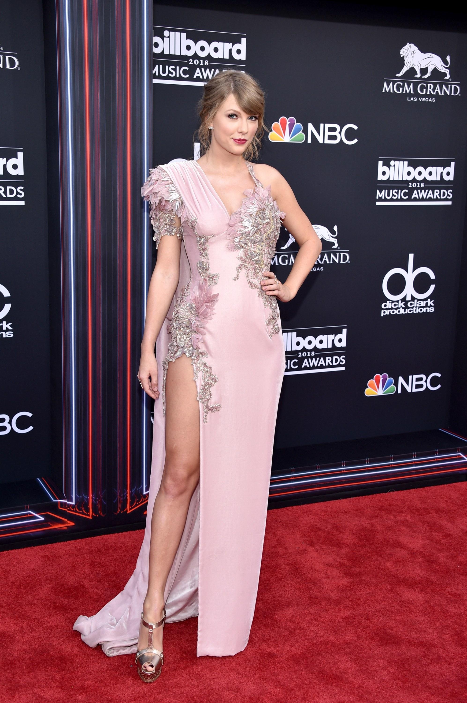 2018 Billboard Music Awards: Taylor Swift, Hailey Baldwin ...