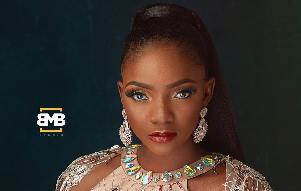 seyi-shay-simi-and-linda-osifo-came-to-serve-face-at-the-2018-headies-awards