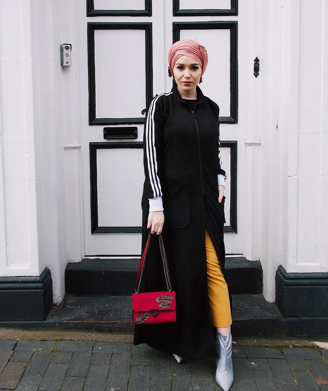 nabiila-bee-muslimah-fashion-modest-style-hijab-instagram-wiki-turban-photos-pictures