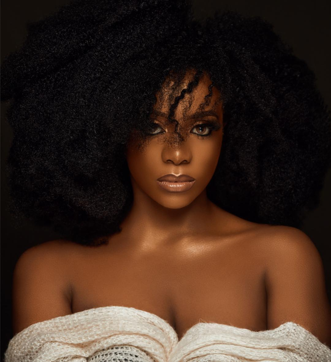 CHIOMA IKOKWU Of Good Hair Limited Is A Spicy IGBO women In These Photos