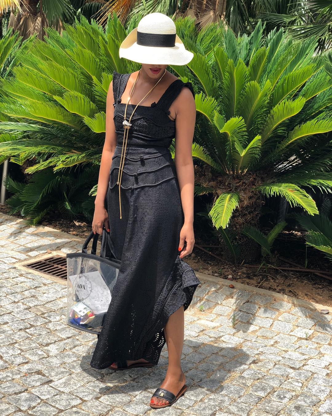 SR Vacay Watch: LEILA FOWLER Serves Vacay Style Goals In Portugal