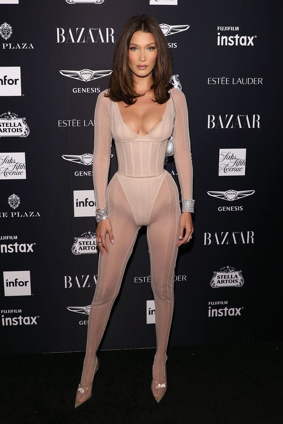our-favourite-looks-from-the-2018-harpers-bazaar-icons-party