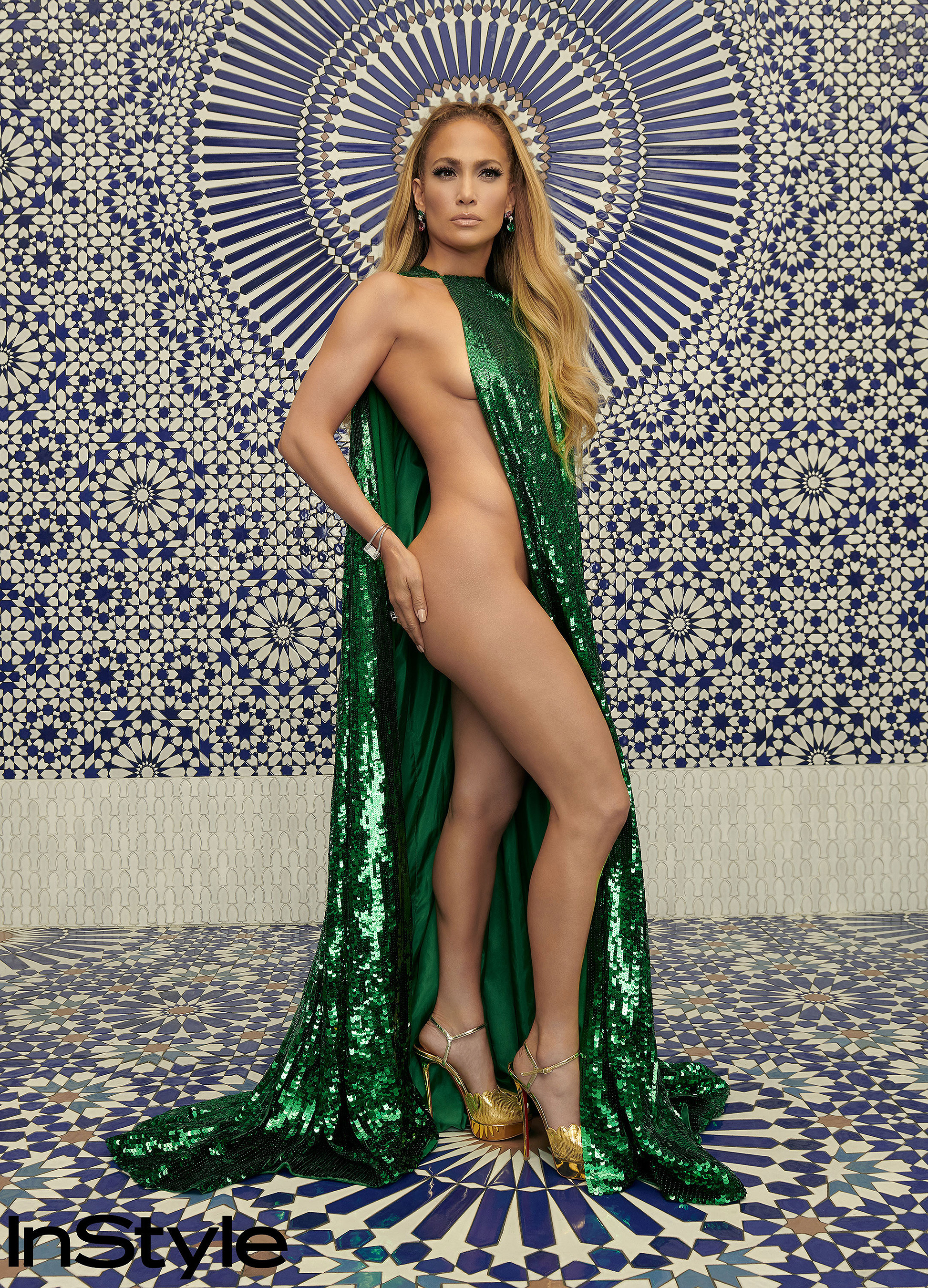 jennifer-lopez-sexy-december-issue-of-instyle-magazine