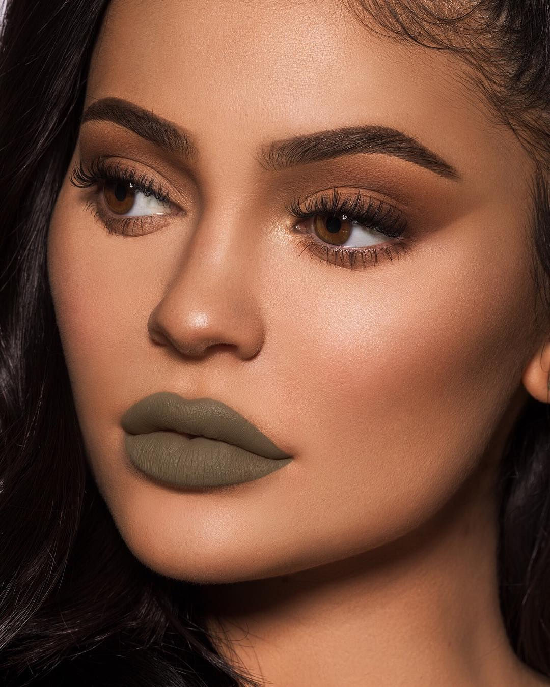 kylie-jenner-makeup-look