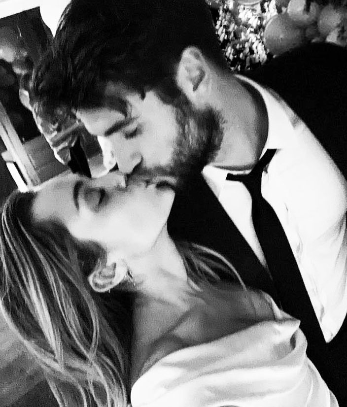 miley-cyrus-weds-liam-hemsworth