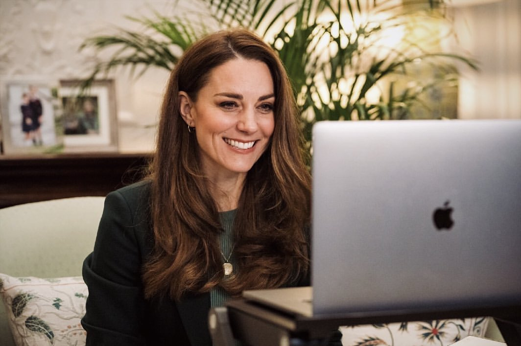 rave-news-digest-kate-middleton-honoured-by-queen-john-singleton-isis-more