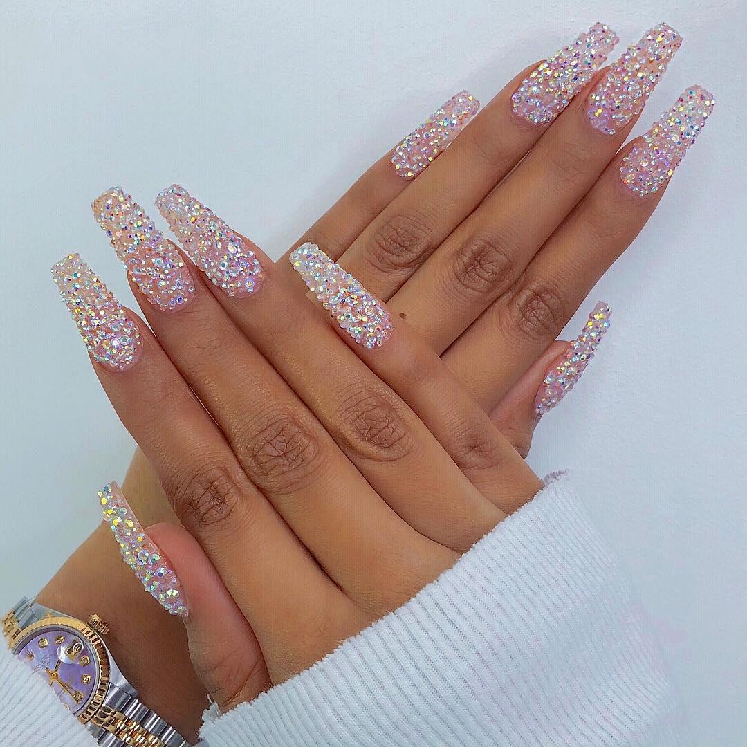 sherlina-nym-neon-nails-manicure-glitters