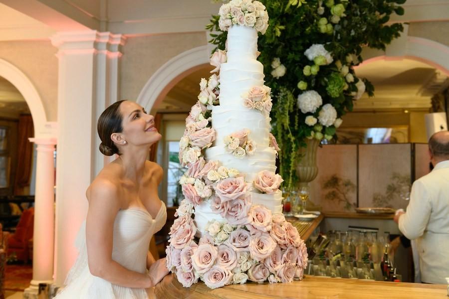 katharine-mcphee-wedding-cake-style-rave