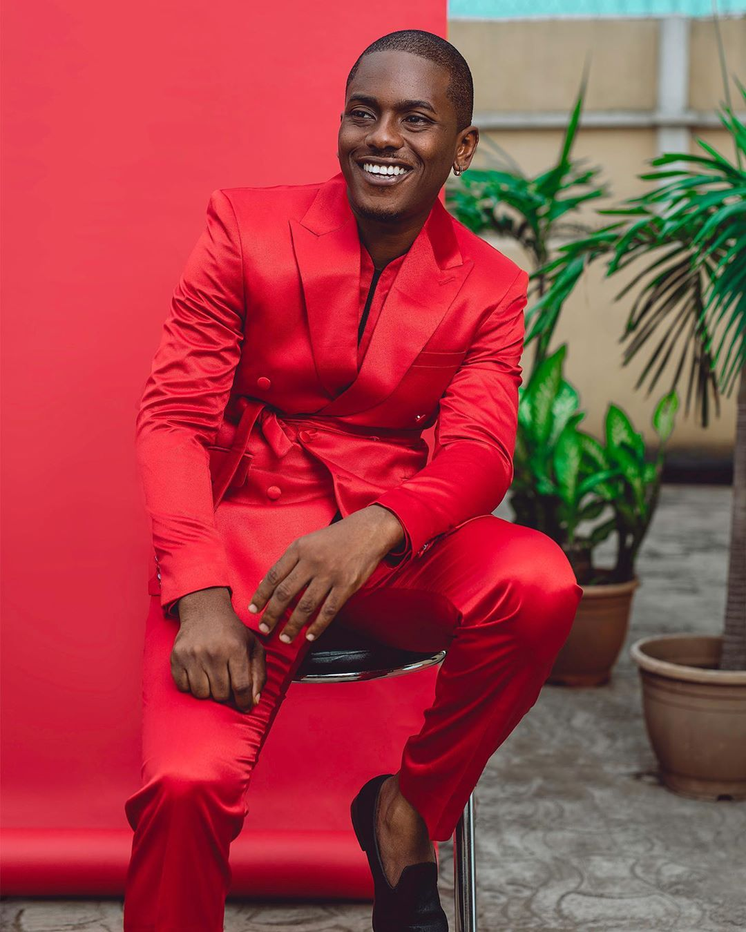 Men-style-fashion-red-suit-style-rave