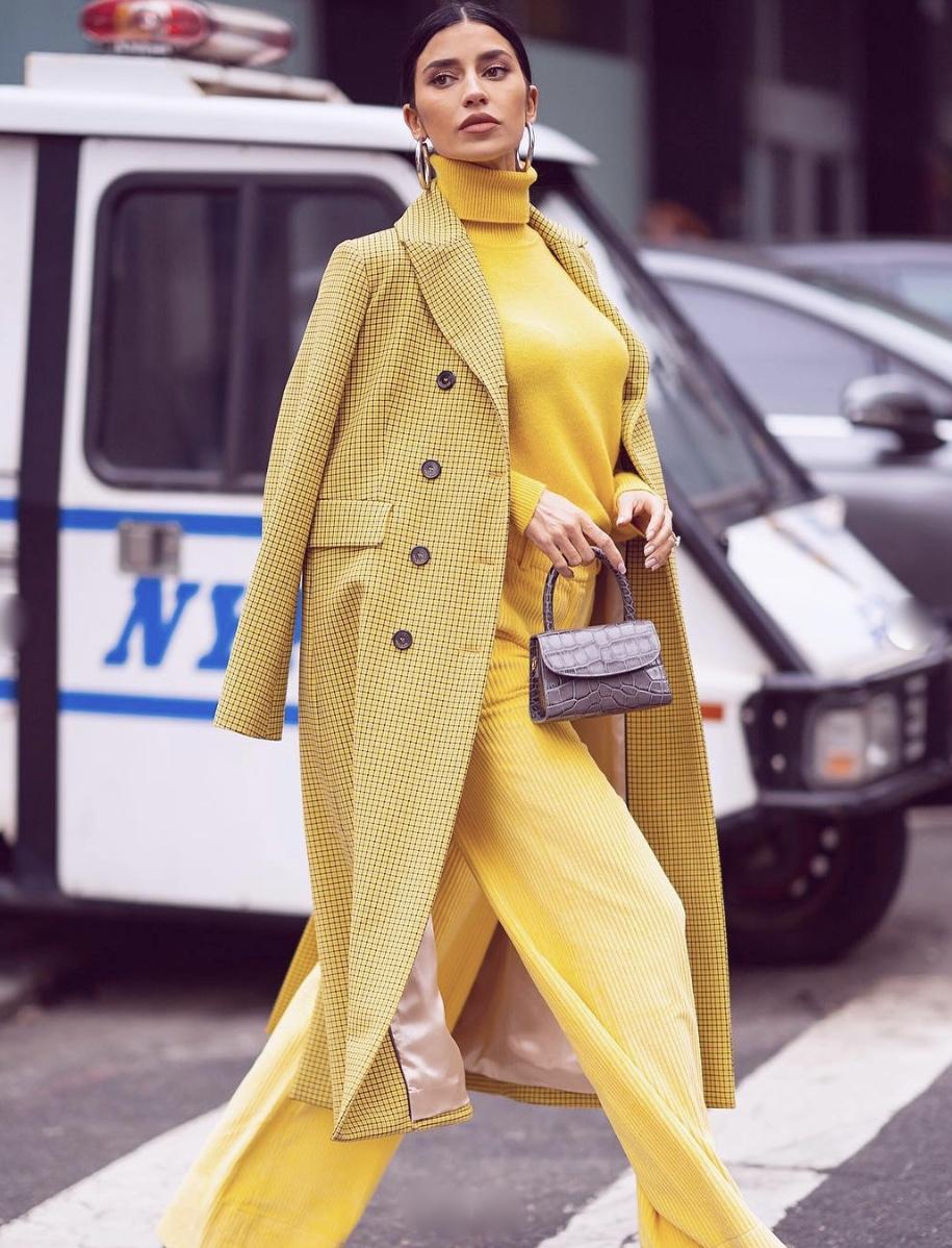 yellow-monochrome-turtleneck-stylerave