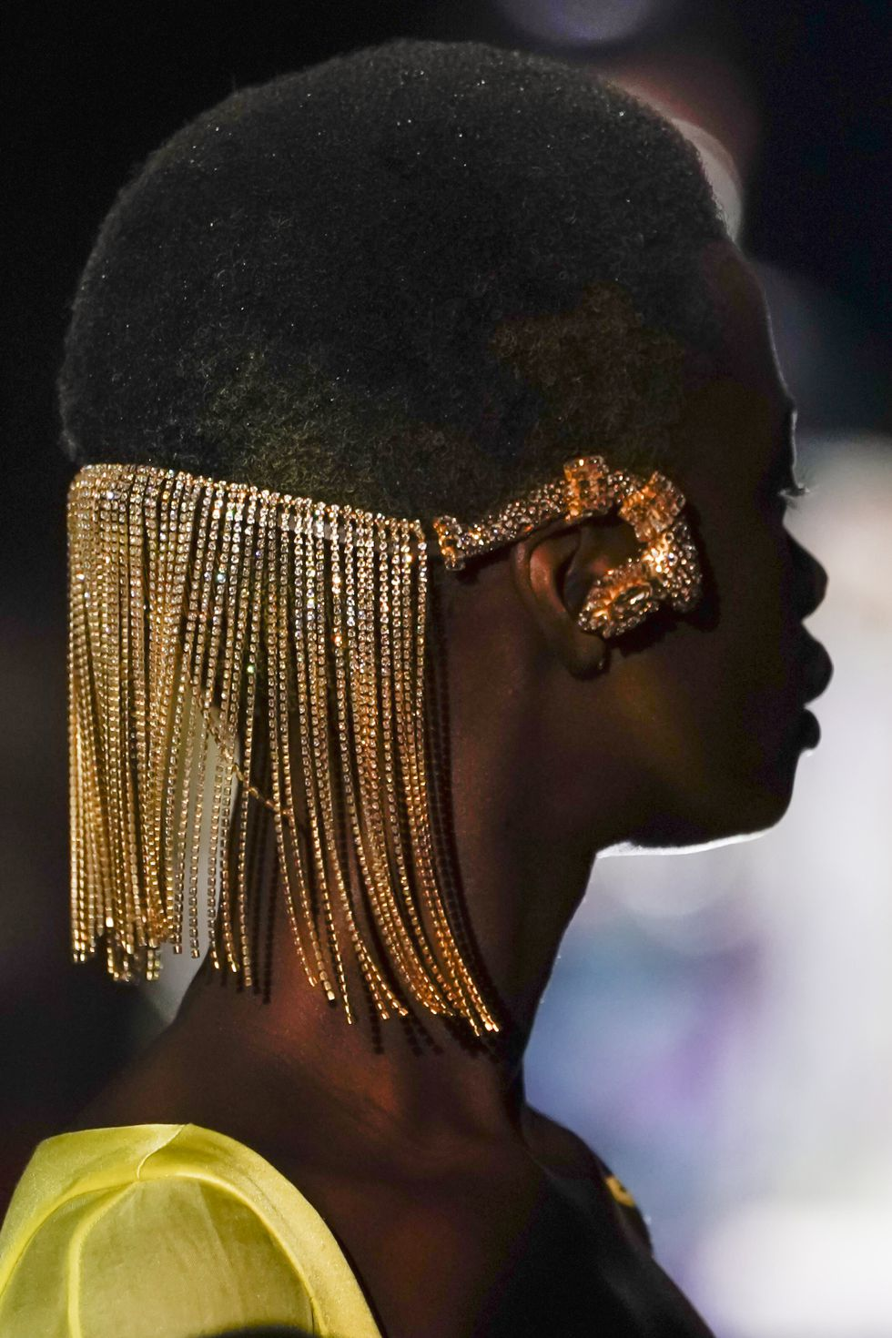 Schiaparelli-Fall-2019-Couture- crystal-headpiece-Style Rave
