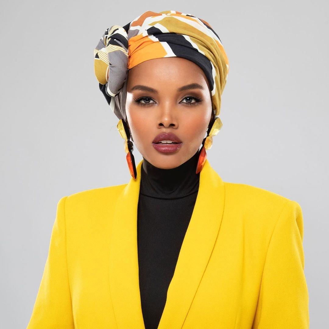 halima-aden-headshot-muslim-twisted-multicolor-turban-model-most-beautiful-women-africa-2020