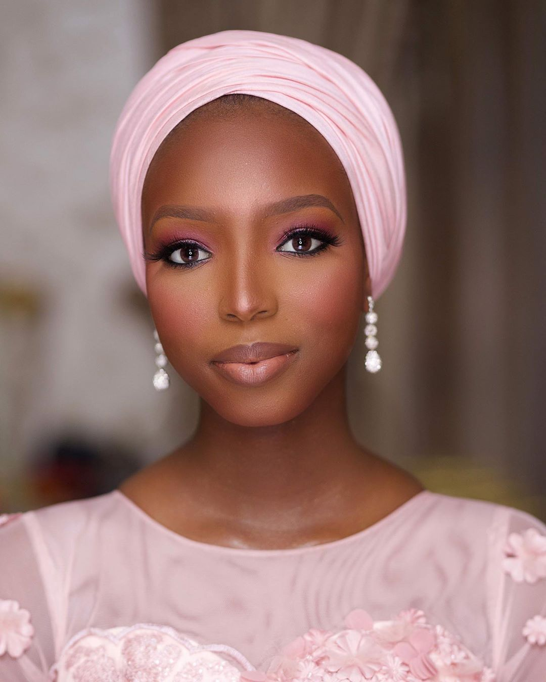 pink-turban-makeup-look-style-rave