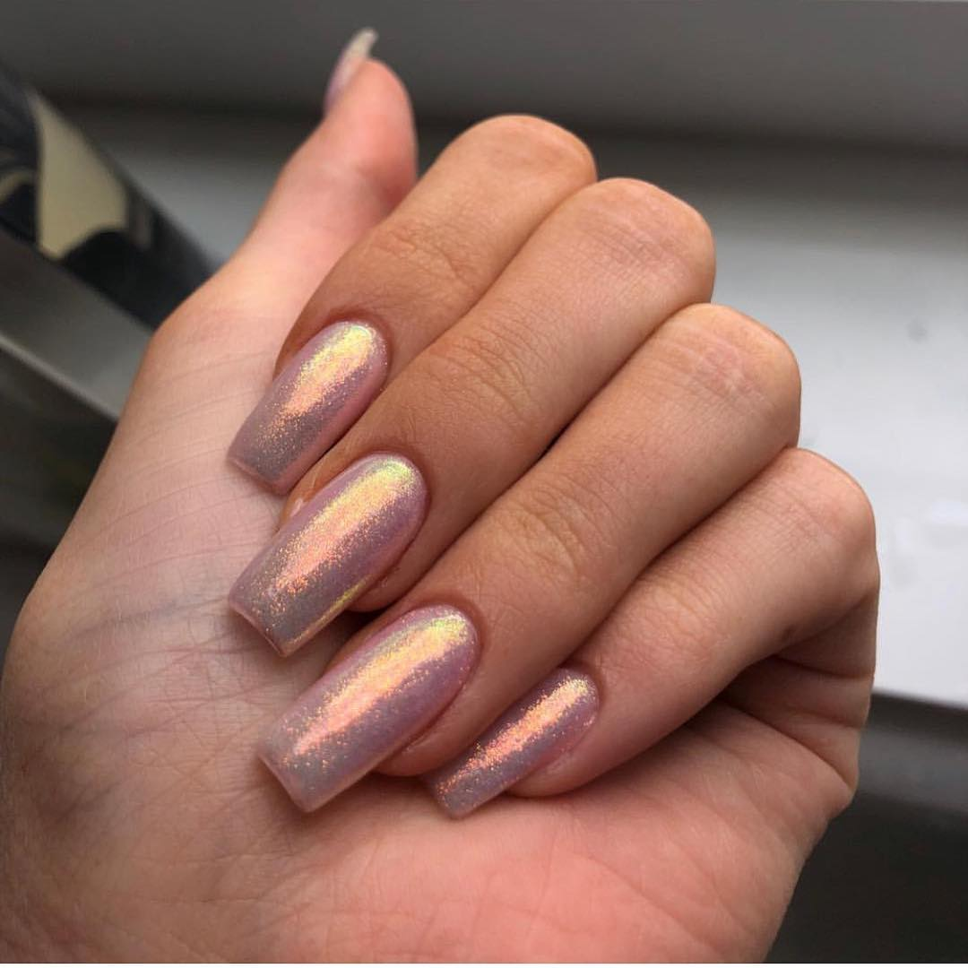 Best-Opalescent-inspired-nails-of-Kylie Style Rave