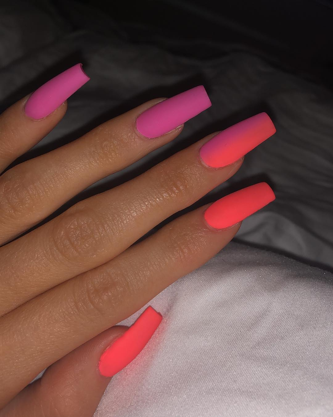 Latest-rainbow-ombre-nails-of-Kylie Style Rave