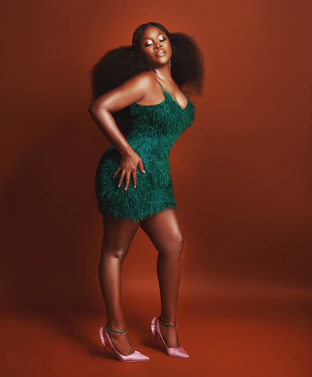 omawumi-in-her-feelings-music-style-rave