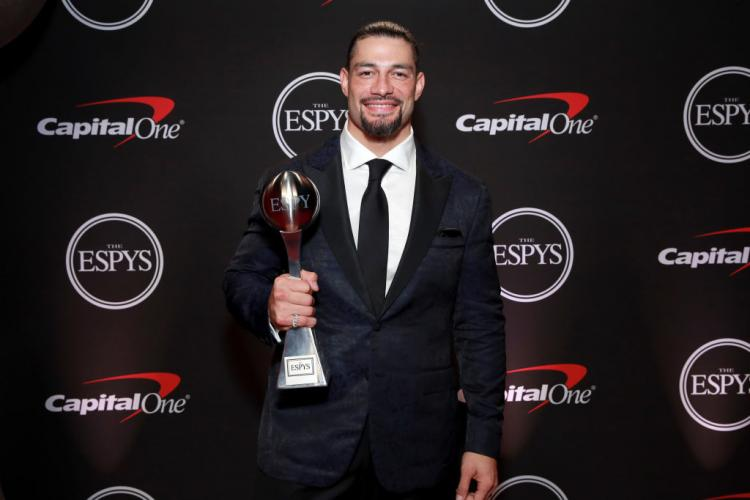 Roman-reigns-2019-espys-award