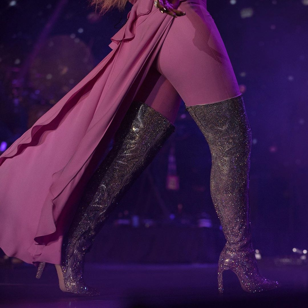 Mary-j.-blige-boots-royalty-tour
