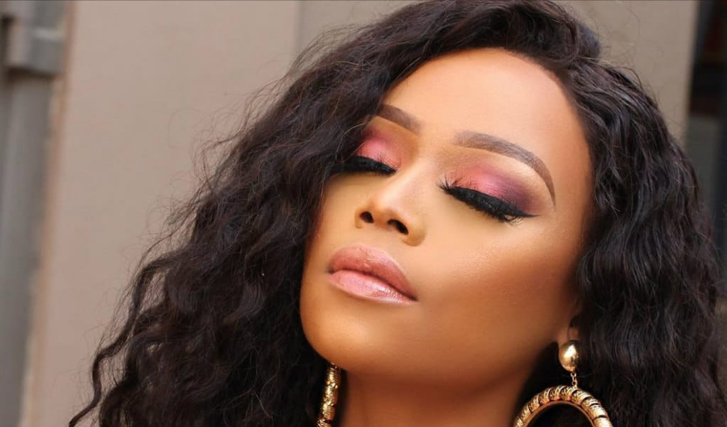 bonang-matheba-best-beauty-looks-subtle-face-beat-on-curly-hairstyle-style-rave