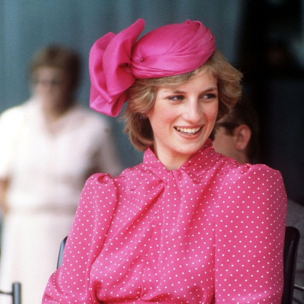 princess-diana-most-iconic-looks-style-rave
