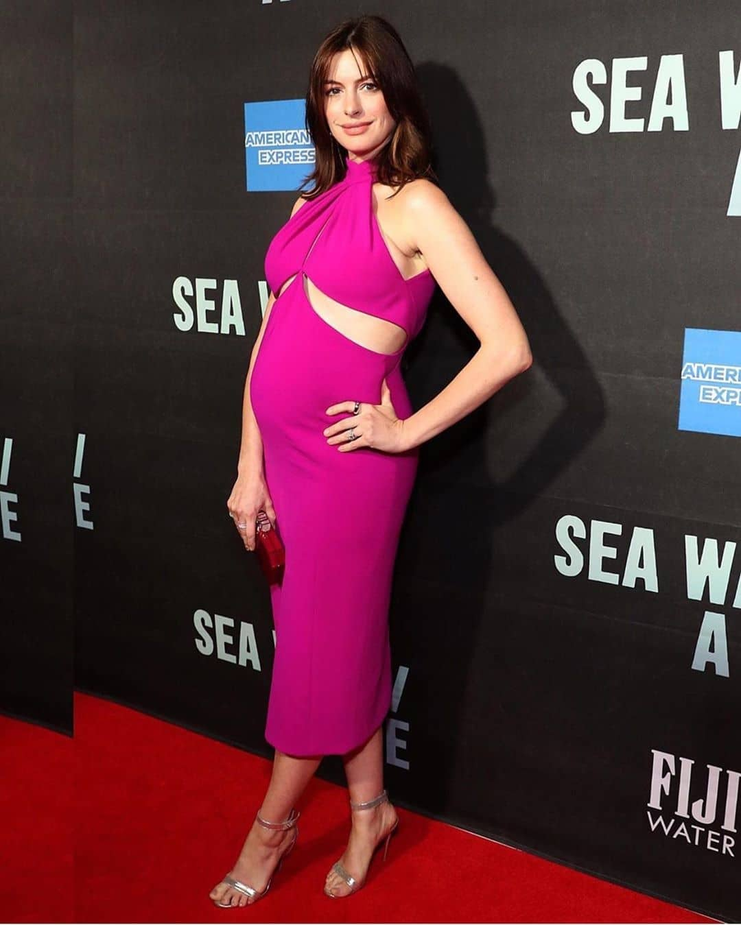Anne-hathaway-brandon-maxwell-pregnancy-maternity-style-pregnant-fashion-style-rave
