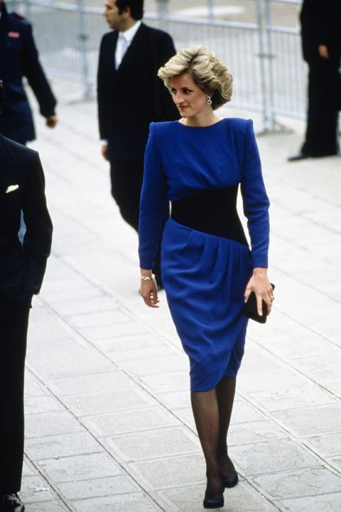 in-memory-of-princess-diana-heres-a-look-at-her-most-iconic-looks