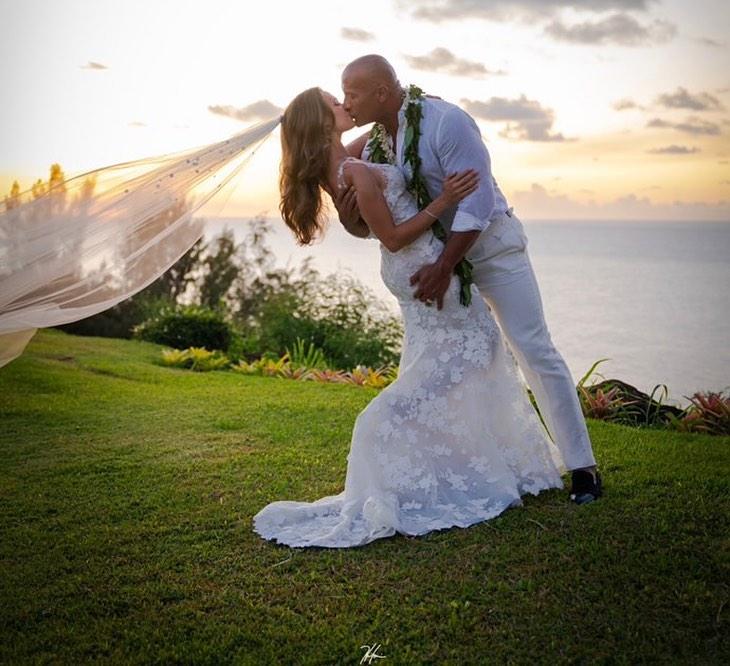 serena-williams-maria-sharapova-dwayne-johnson-marries-style-rave
