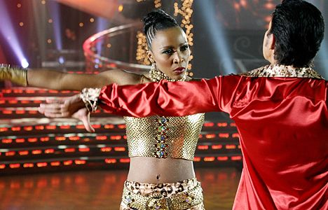 uyanda-mbuli-strictly-come-dancing