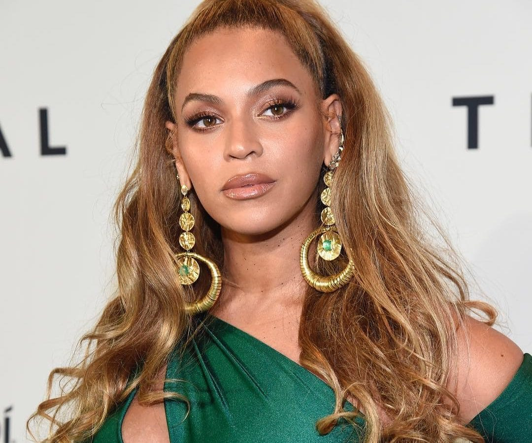 Beyoncé-knowles-carter-blonde-all-hair-styles-style-rave