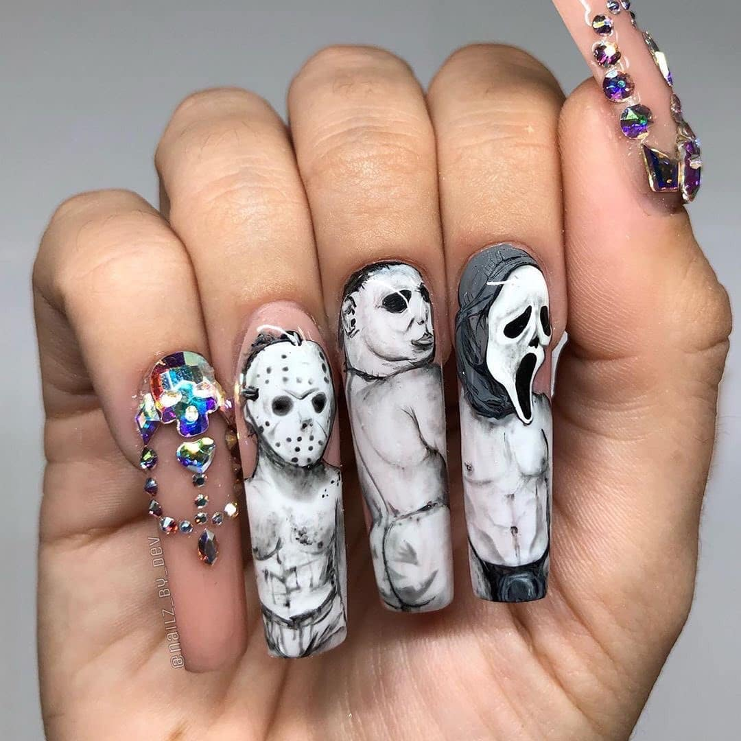 scull-inspired-Nail-art-Design-style-rave